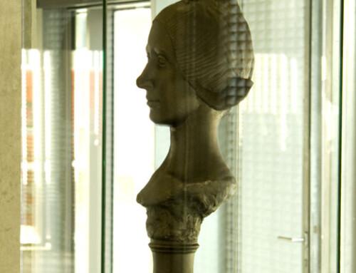 """""""Jong Meisje van Volendam (Bronze/1910)"""""""